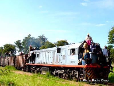 Un train de la Société nationale de chemin de fer (SNCC)