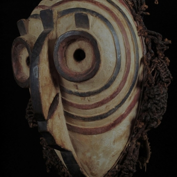 Masque en forme de hibou