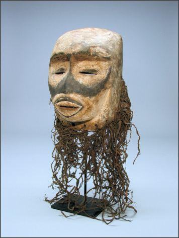 Masque en forme de singe