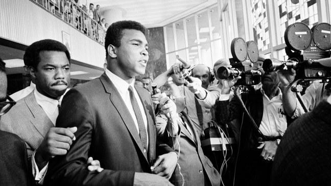 do-you-remember-muhammad-ali-refuses-vietnam-draft-136397797085503901-150427214140